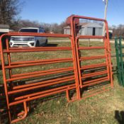 NEW 10' CATTLE PANEL W/ 4' WALK GATES