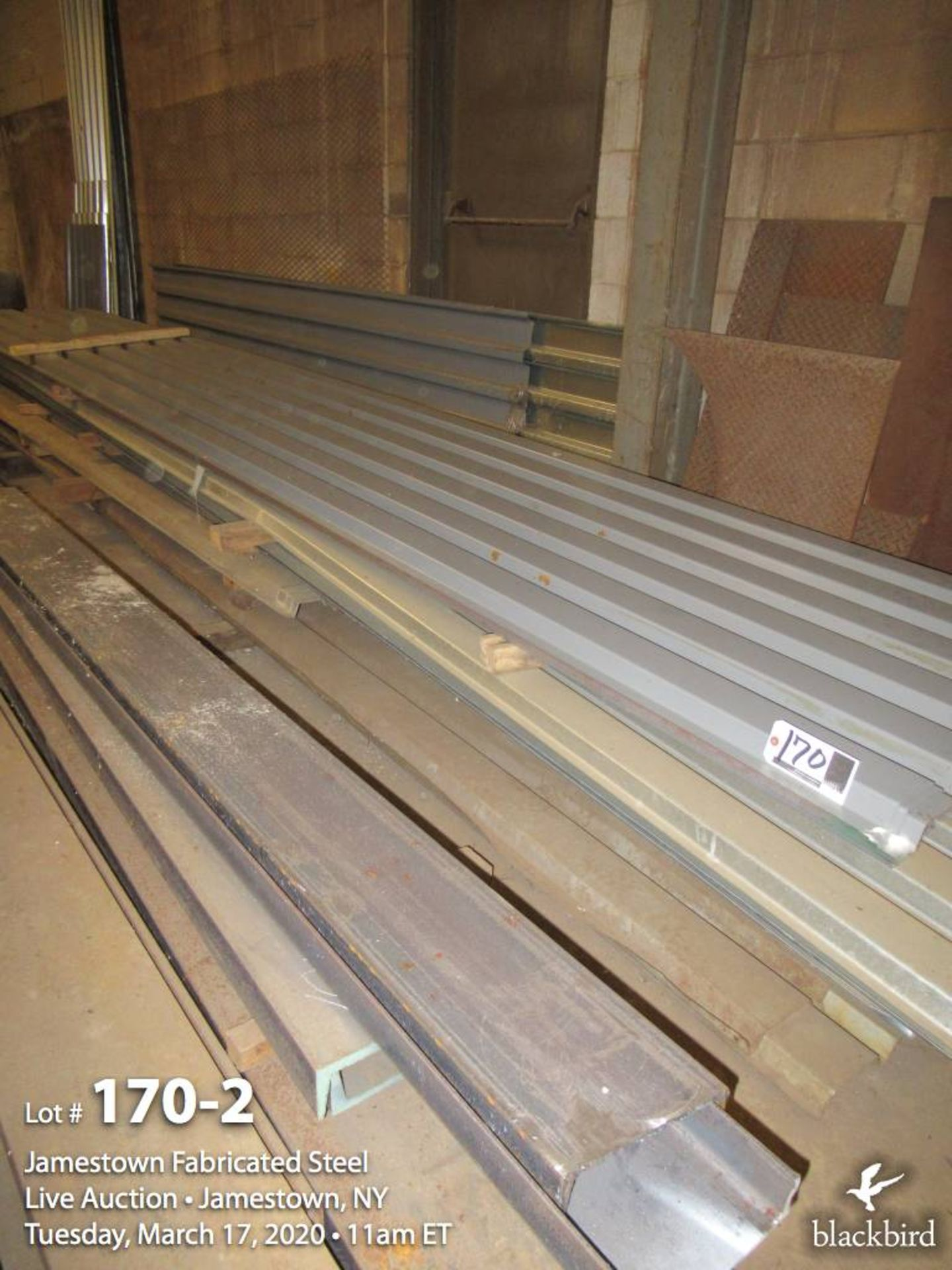 Lot 170 - Corrugated siding/roofing
