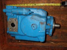 Large Vickers ? Hydraulic Pump