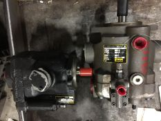 Lot of 2 Parker PVP1630L212 and PVP23303R2M21 Hydraulic Pumps