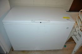 "Kenmore Reach-In Freezer Chest, 29""D x 48""W x 35""H"