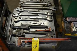 Lot - Adjustable & Pipe Wrenches