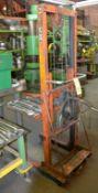 Shoplifter Platform Manual Lift Truck