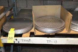 "15"" - 21"" Perforated and Non-Perforated Pizza Trays"