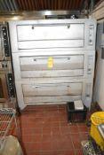 3-Door Pizza Oven