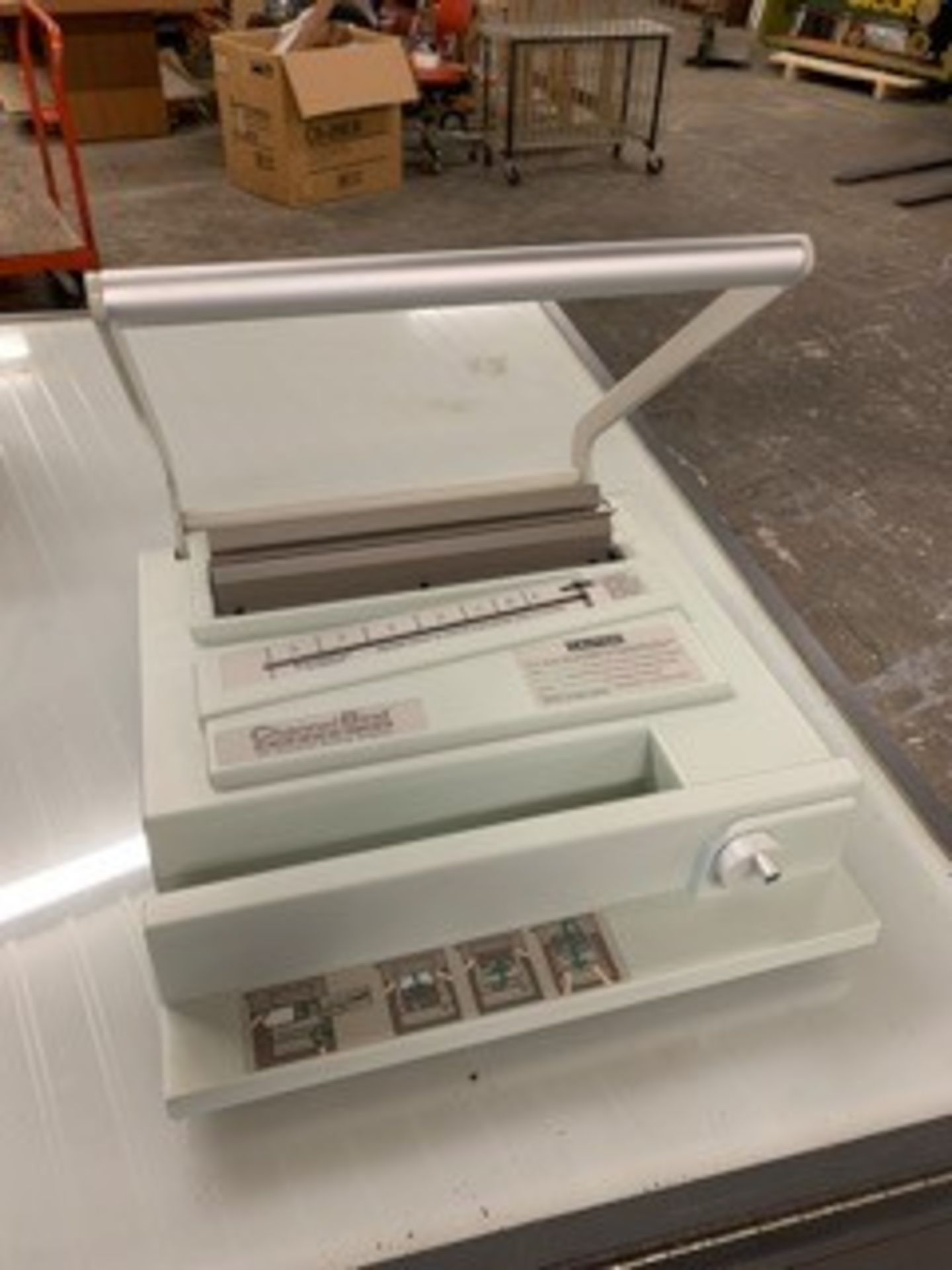 Lot 5072 - CHANNEL BIND MACHINE (LOCATED AT: 16335 LIMA ROAD, HUNTERTOWN, IN 46748)