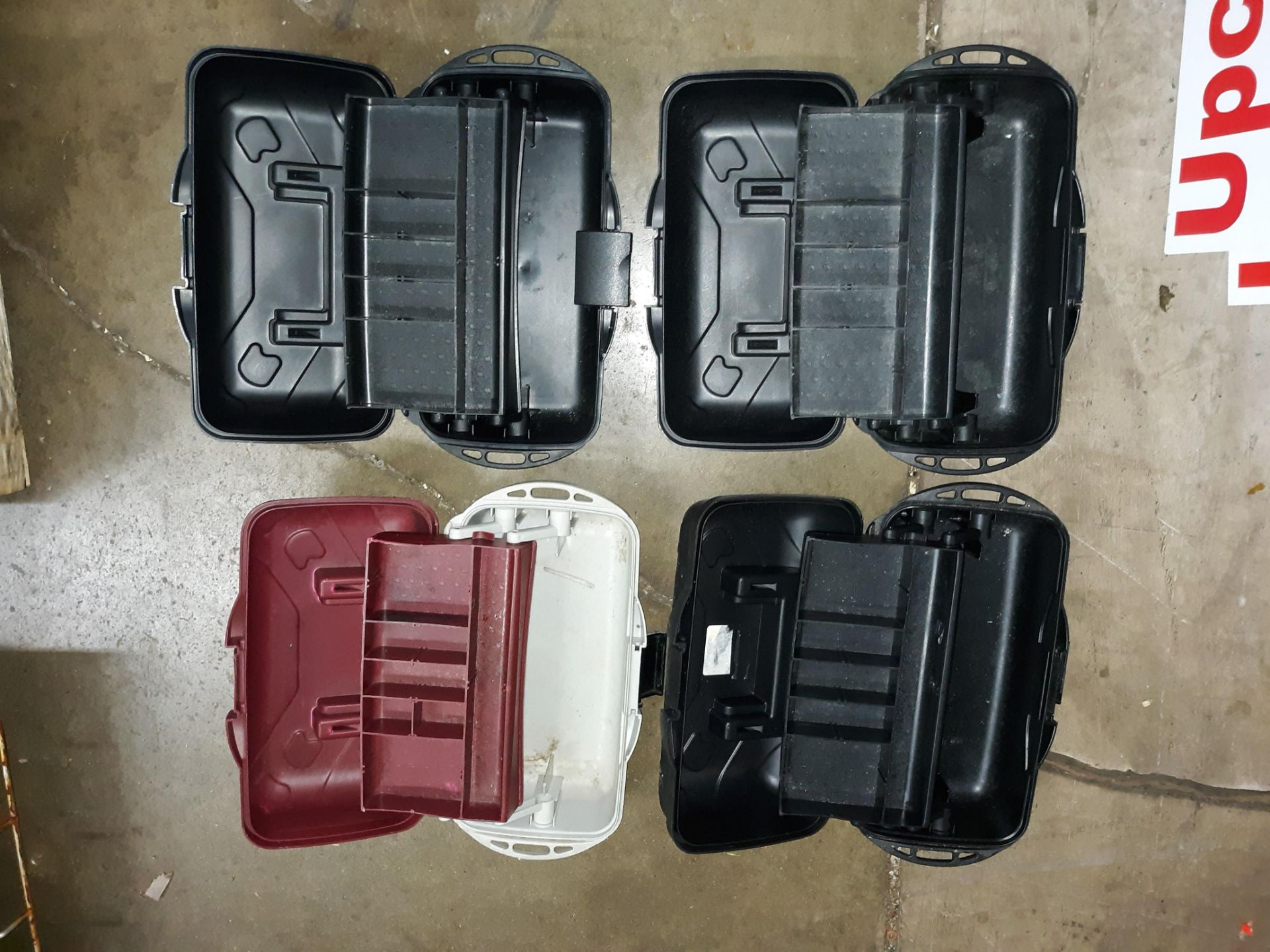 Lot 1106 - (4) PLASTIC TOOL BOX/ TACKLE BOXES (LOCATED AT: 432 COUNCIL DRIVE, FORT WAYNE, IN 46825)