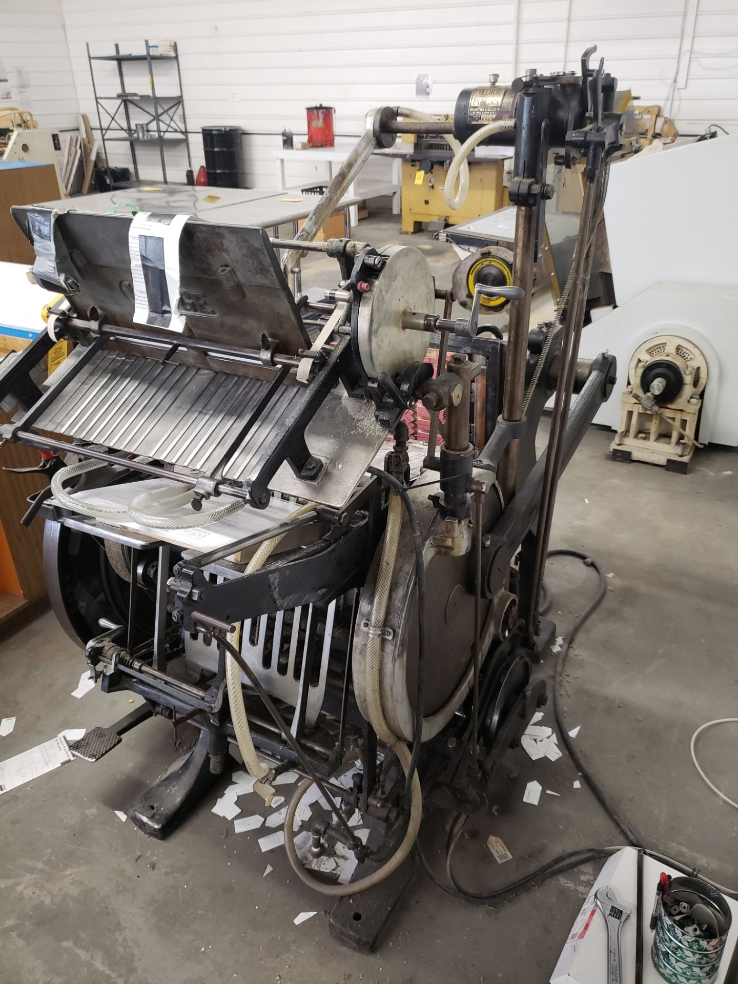 Lot 5045 - KLUGE AUTOMATIC PLATEN LETTER PRESS MACHINE# NB1211665 (LOCATED AT: 16335 LIMA ROAD BLDG. 4