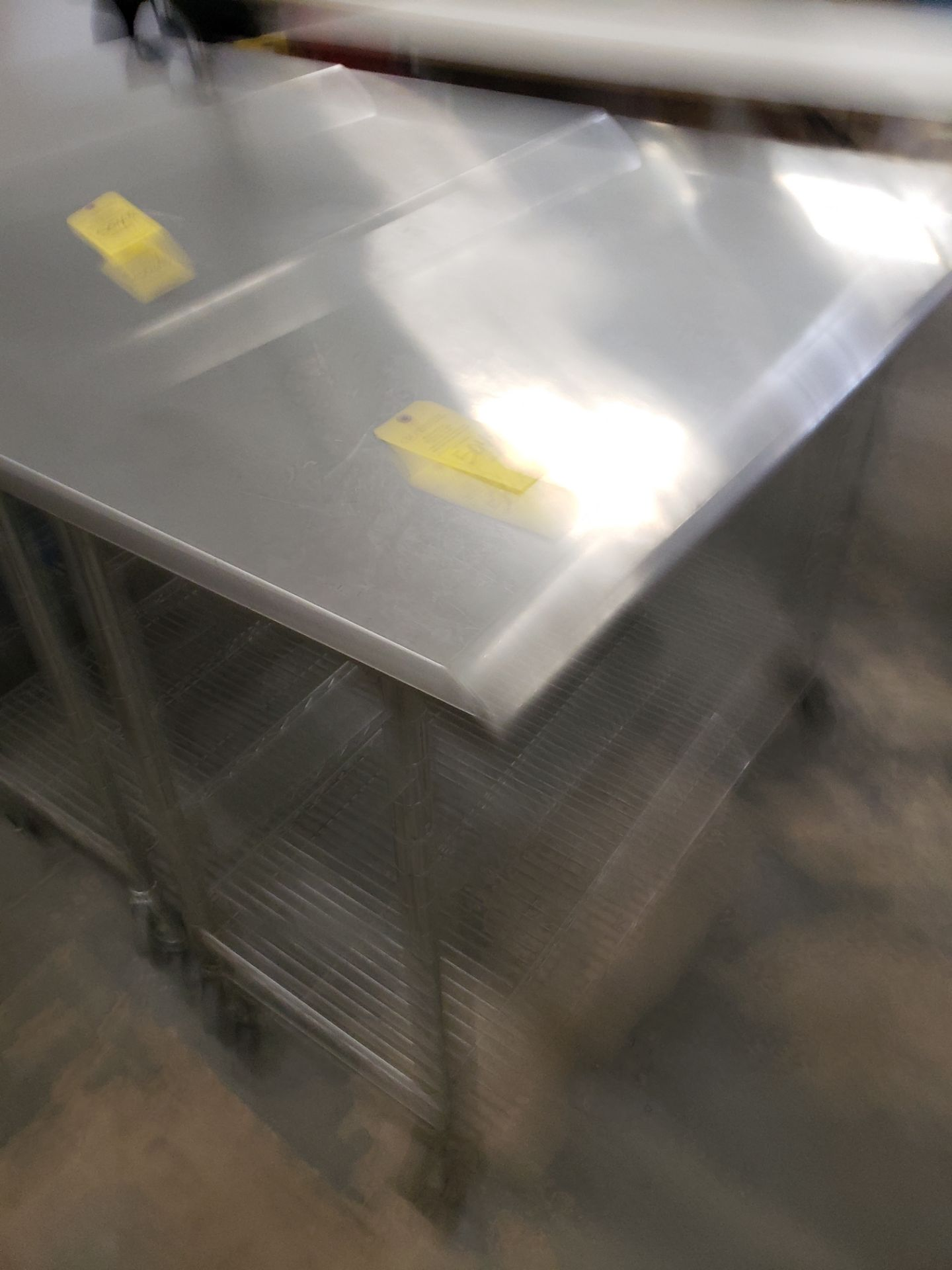 Lot 5049 - STAINLESS STEEL ROLLING TABLE (LOCATED AT: 16335 LIMA ROAD BLDG. 4 HUNTERTOWN, IN 46748)