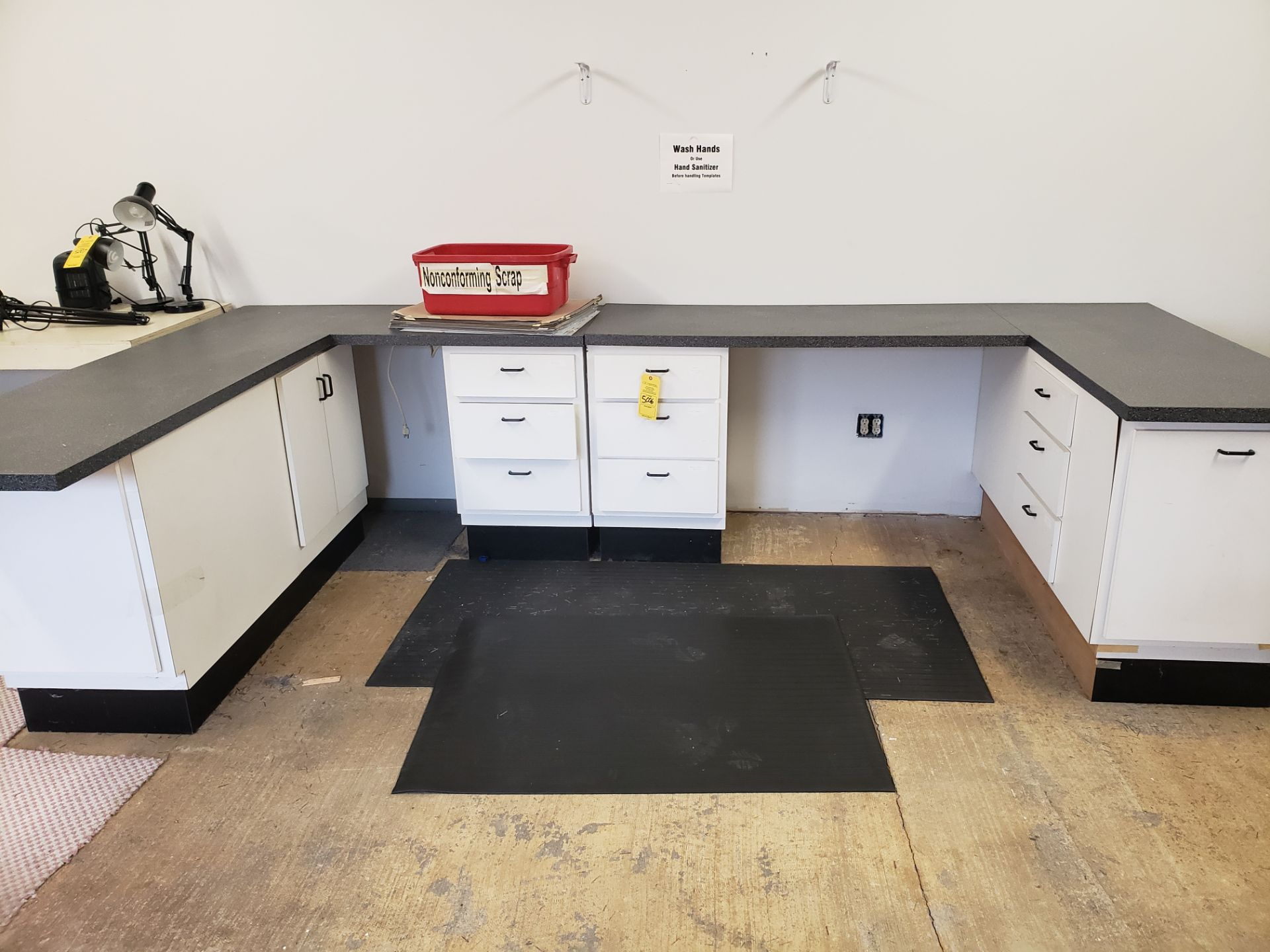 Lot 5006 - CABINETS (LOCATED AT: 16335 LIMA ROAD BLDG. 4 HUNTERTOWN, IN 46748)