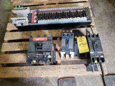 (1) GE CIRCUIT BREAKER 3 POLE/400A MAX/600 VAC (2) GE CIRCUIT BREAKERS 3 POLE/225 AMP/ 240 VAC (1)