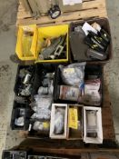 PALLET OF MISC HARDWARE/ WIREMOLD CLIPS