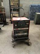 LINCOLN Welding machine Model IDEALARC 250 Code No 9992 S/N C1020700063 40A /22V - 250A / 30V 60