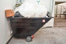 Rubbermaid Trash Bag Tote Roll Away