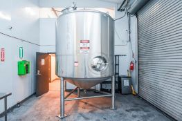 Maker Engineering Jacketed Stainless Steel Holding Tank 1500 Gal.