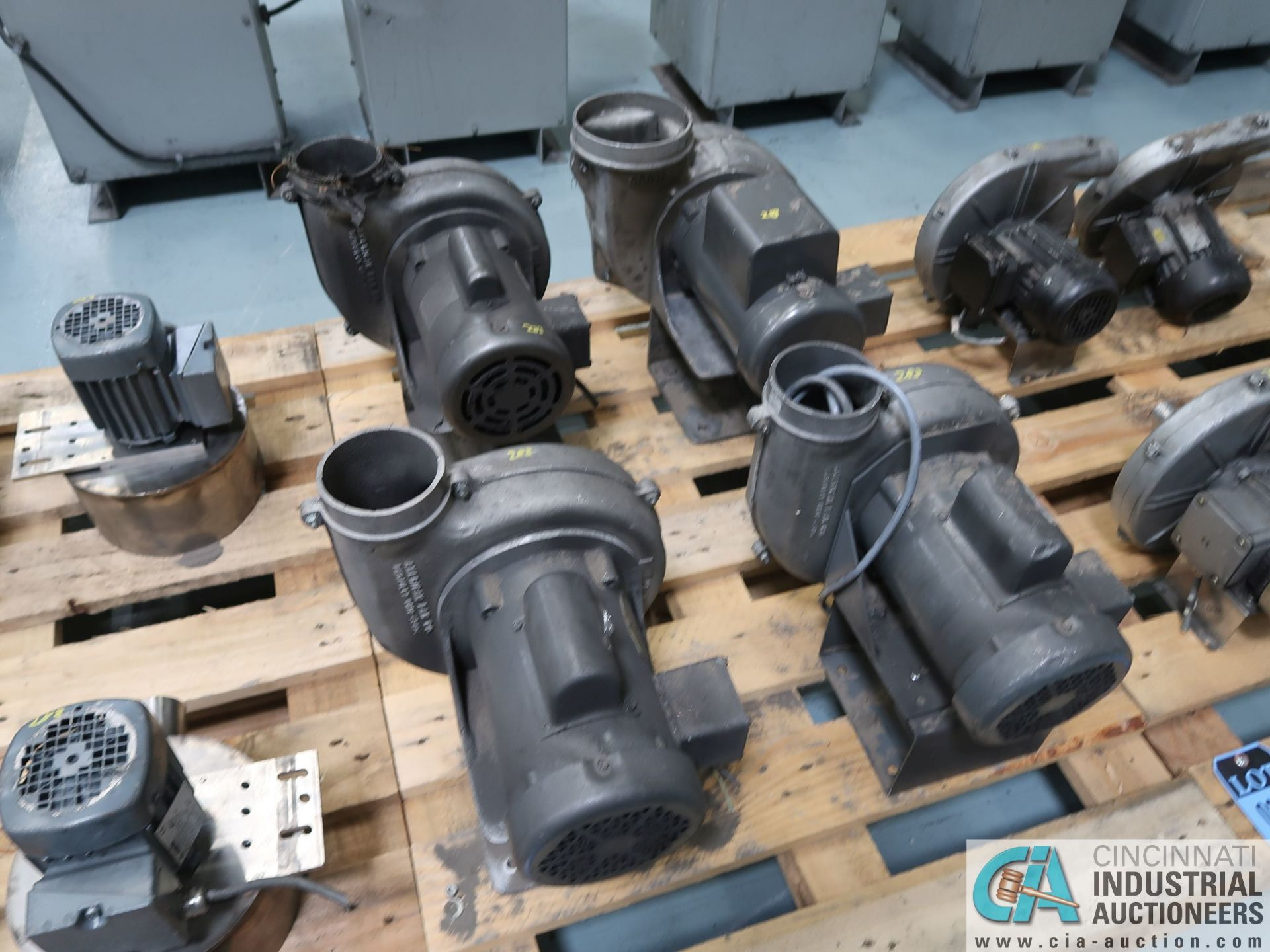 Lot 283 - 0.5 HP BLOWER MOTORS *$25.00 RIGGING FEE DUE TO INDUSTRIAL SERVICES AND SALES*