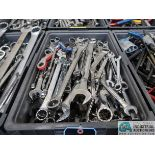 (LOT) COMBINATION WRENCHES