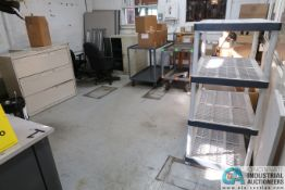 (LOT) CONTENT OFFICE FURNITURE ** NOTHING AFFIXED **