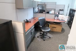 9' X 7' OFFICE CUBICLE WITH OVERHEAD CABINETS, FILE CABINETS, CHAIRS