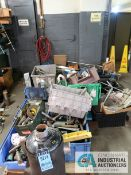 (LOT) CONTENTS OF (1) RAND AND FLOOR INCLUDING MISCELLANEOUS SCRAP METAL **NO RACK**