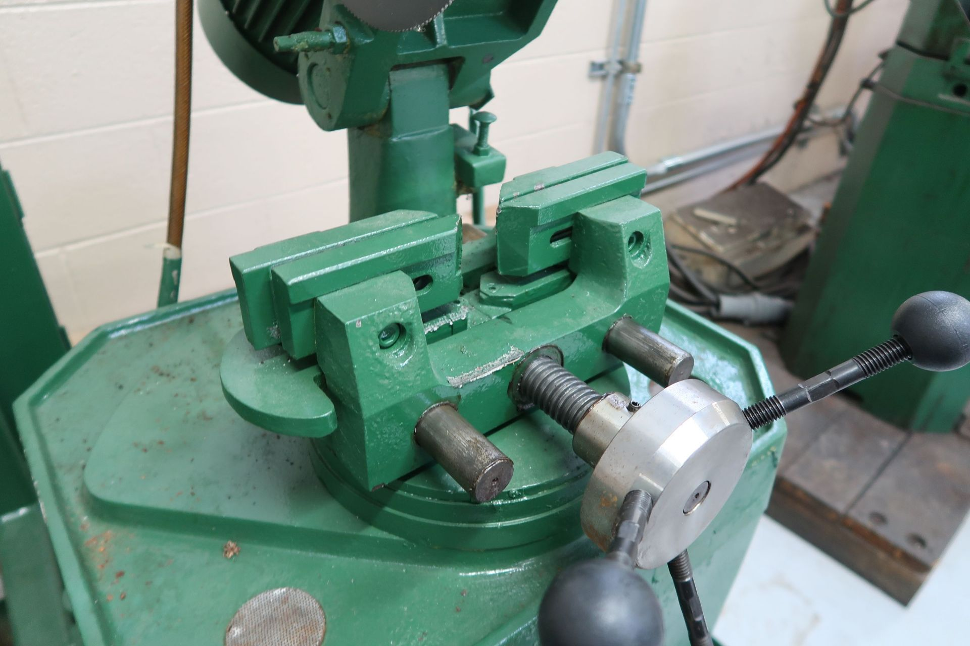 """10"""" BEWO MANUAL COLD SAW WITH PIVOT HEAD - Image 4 of 5"""