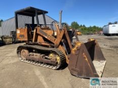 CASE MODEL 450B TRACK LOADER; S/N 4248428, WITH 1-1/4 CUBIC YARD BUCKET
