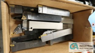 (LOT) INDEXABLE TOOLHOLDERS