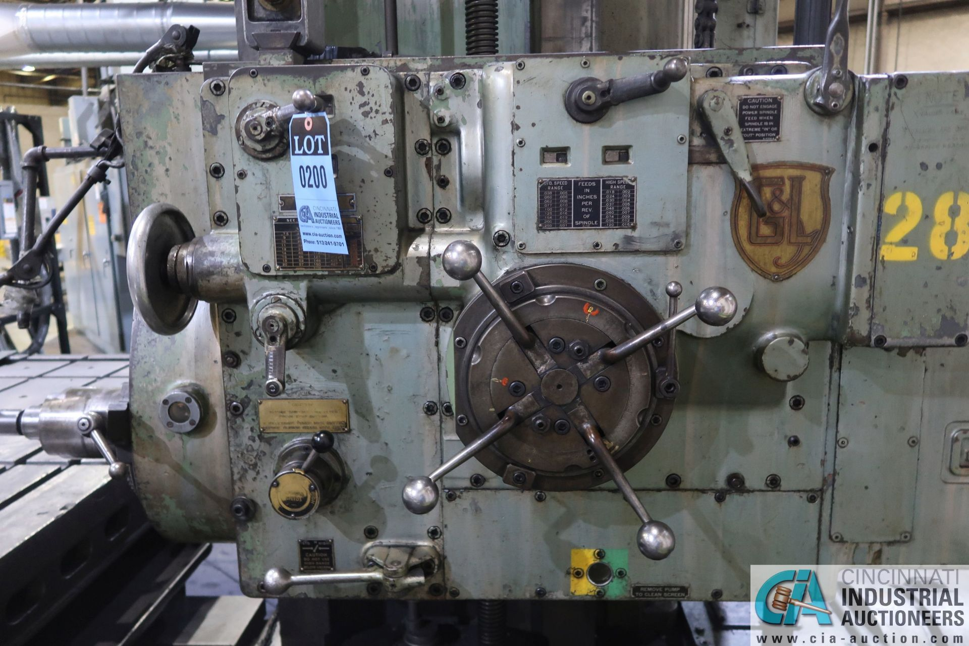 """GIDDINGS AND LEWIS MODEL 350T HORIZONTAL BORING MILL; S/N 150-90-65, 4' X 7' TABLE WITH (2) 24"""" FACE - Image 6 of 16"""