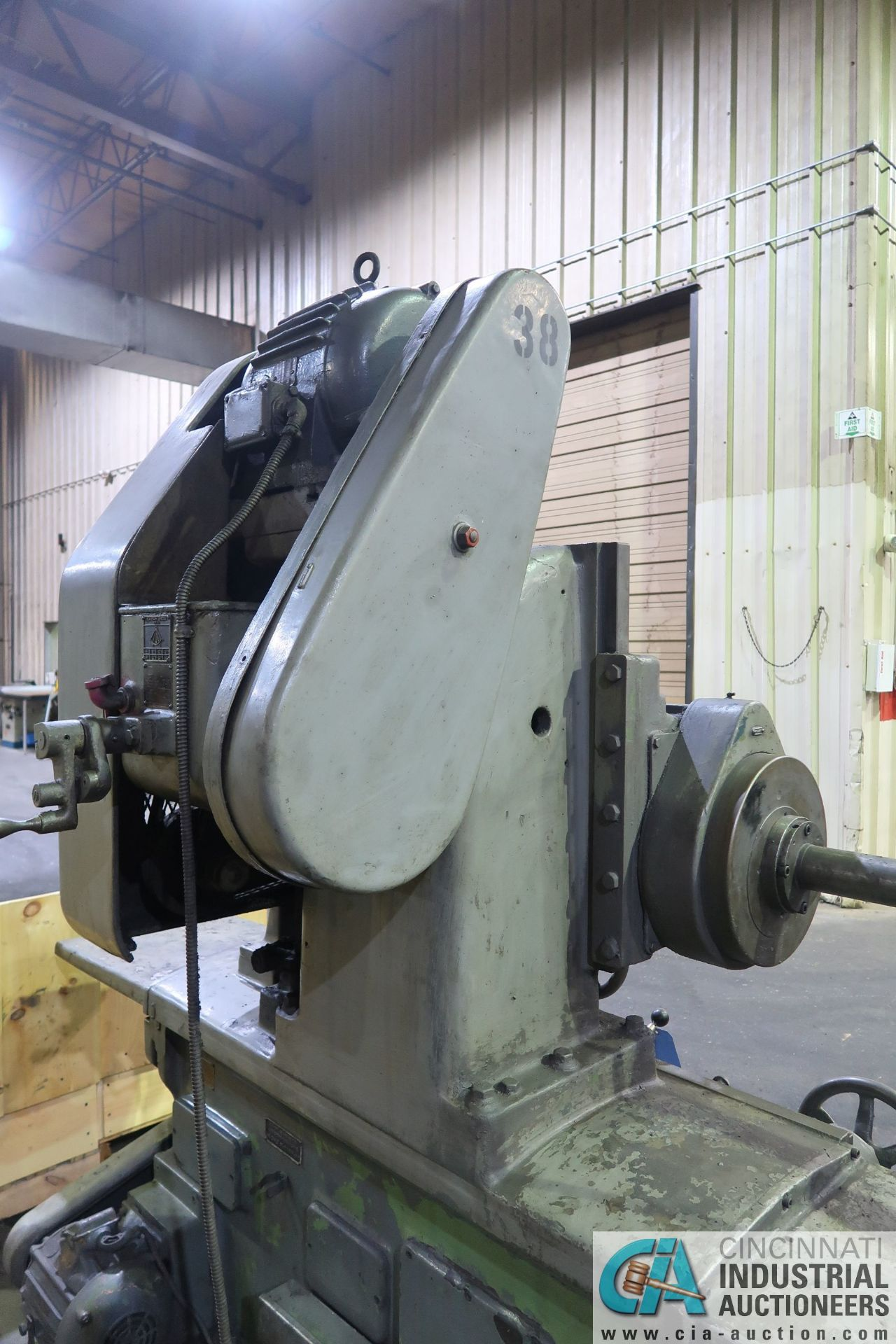 """32"""" SWING CHURCHILL ID GRINDER; S/N UA27751, 32"""" SWING OVER BED, 20"""" SWING OVER TABLE, 32"""" X 38"""" T- - Image 12 of 13"""