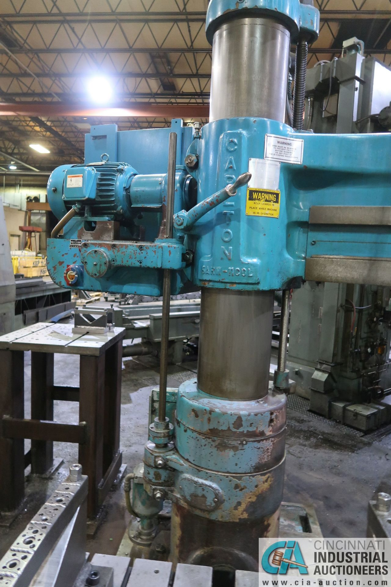 "5' ARM X 11"" COLUMN CARLTON RADIAL ARM DRILL; S/N 4434, WITH (2) 18"" X 28"" X 17"" HIGH T-SLOTTED - Image 9 of 13"