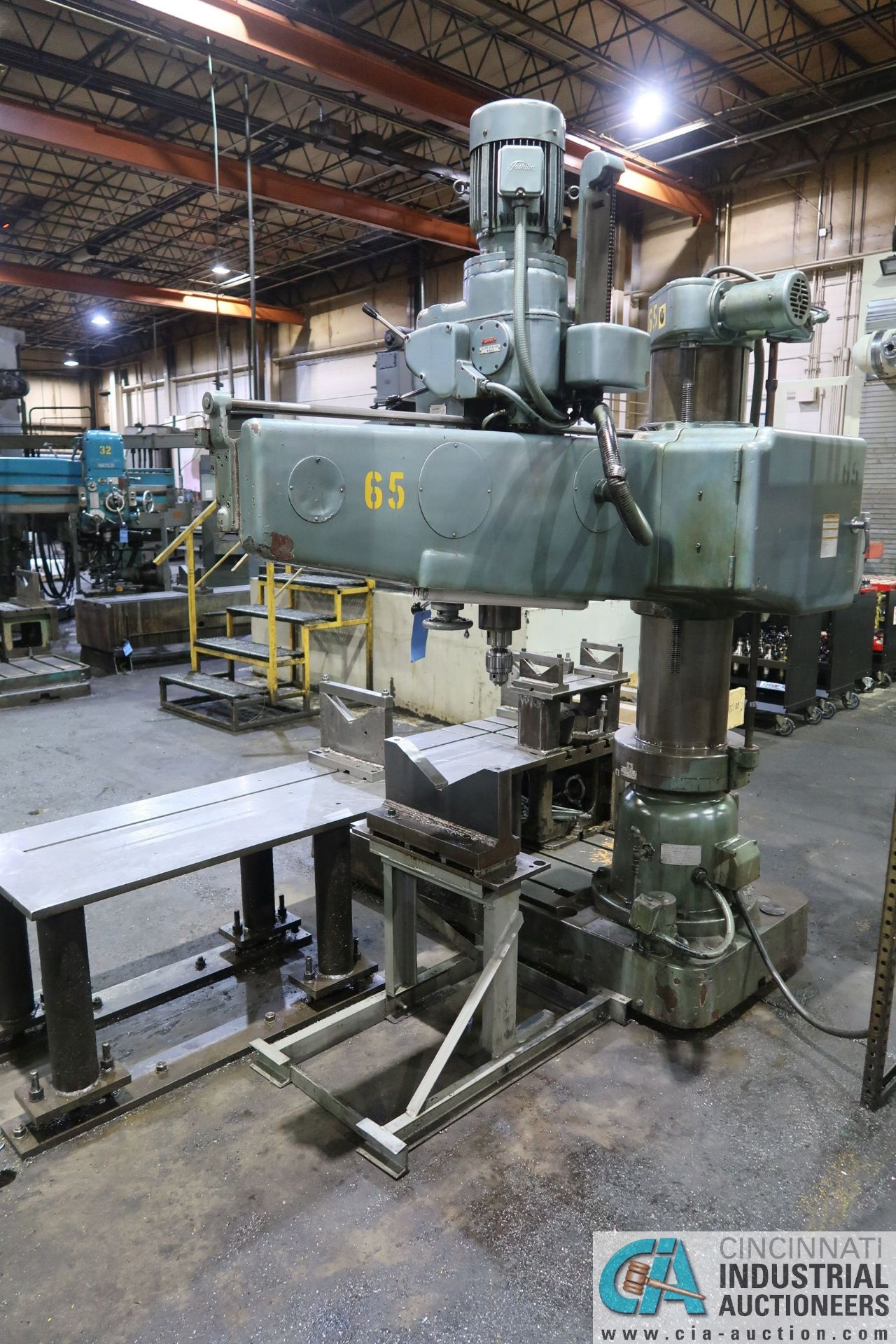 """5' ARM X 11"""" COLUMN MAZAK MODEL HOLE-MASTER 512 RADIAL ARM DRILL; S/N 77058L, WITH 20"""" X 24"""" X 16"""" - Image 3 of 12"""