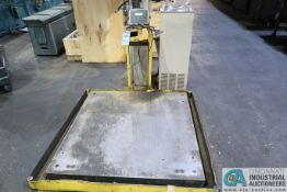 "5,000 LB. APPROX. 48"" X 48"" PLATFORM SCALE WITH AVERY WEIGHT-TRONIX ZM0201 DRO HEAD"