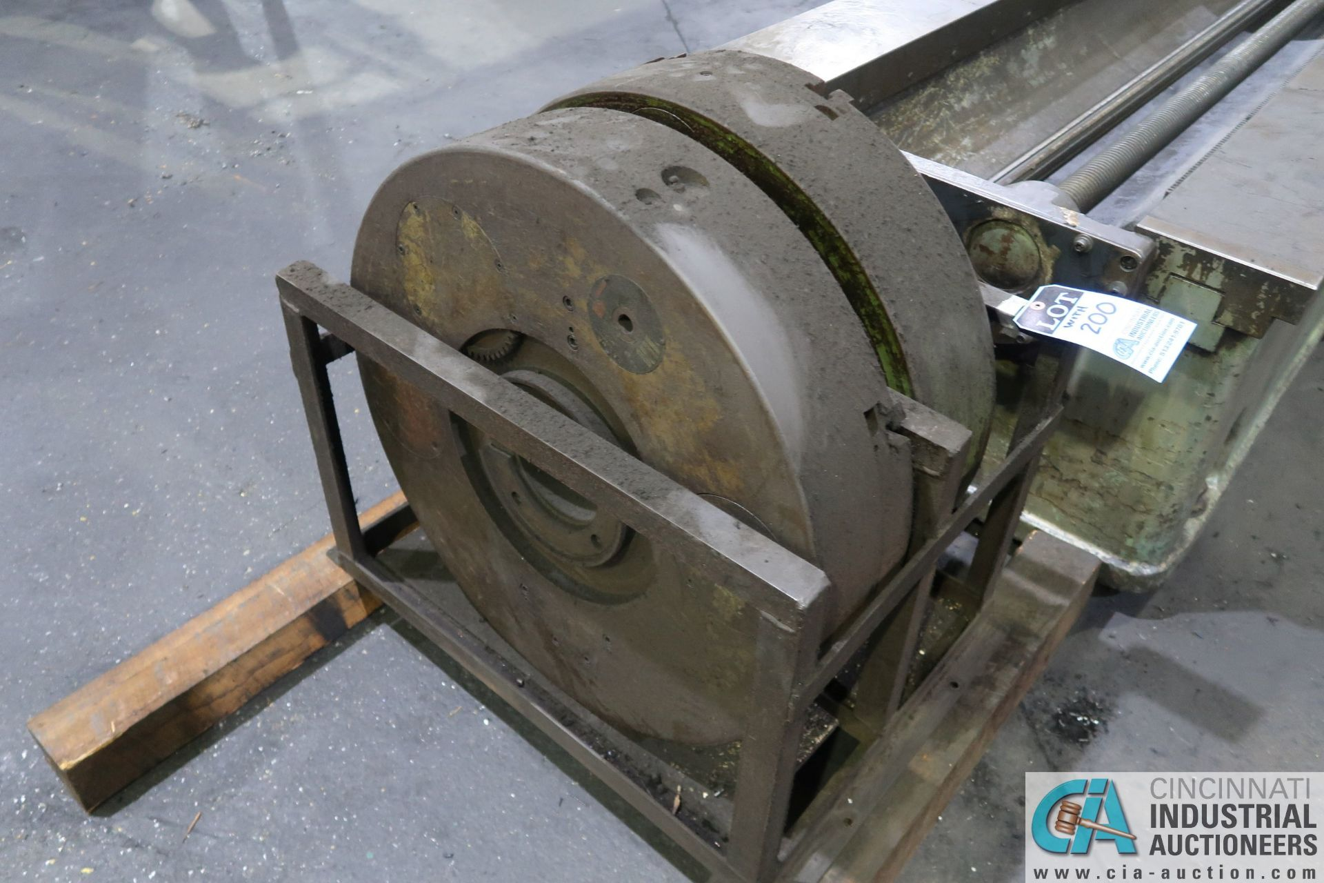 """GIDDINGS AND LEWIS MODEL 350T HORIZONTAL BORING MILL; S/N 150-90-65, 4' X 7' TABLE WITH (2) 24"""" FACE - Image 12 of 16"""
