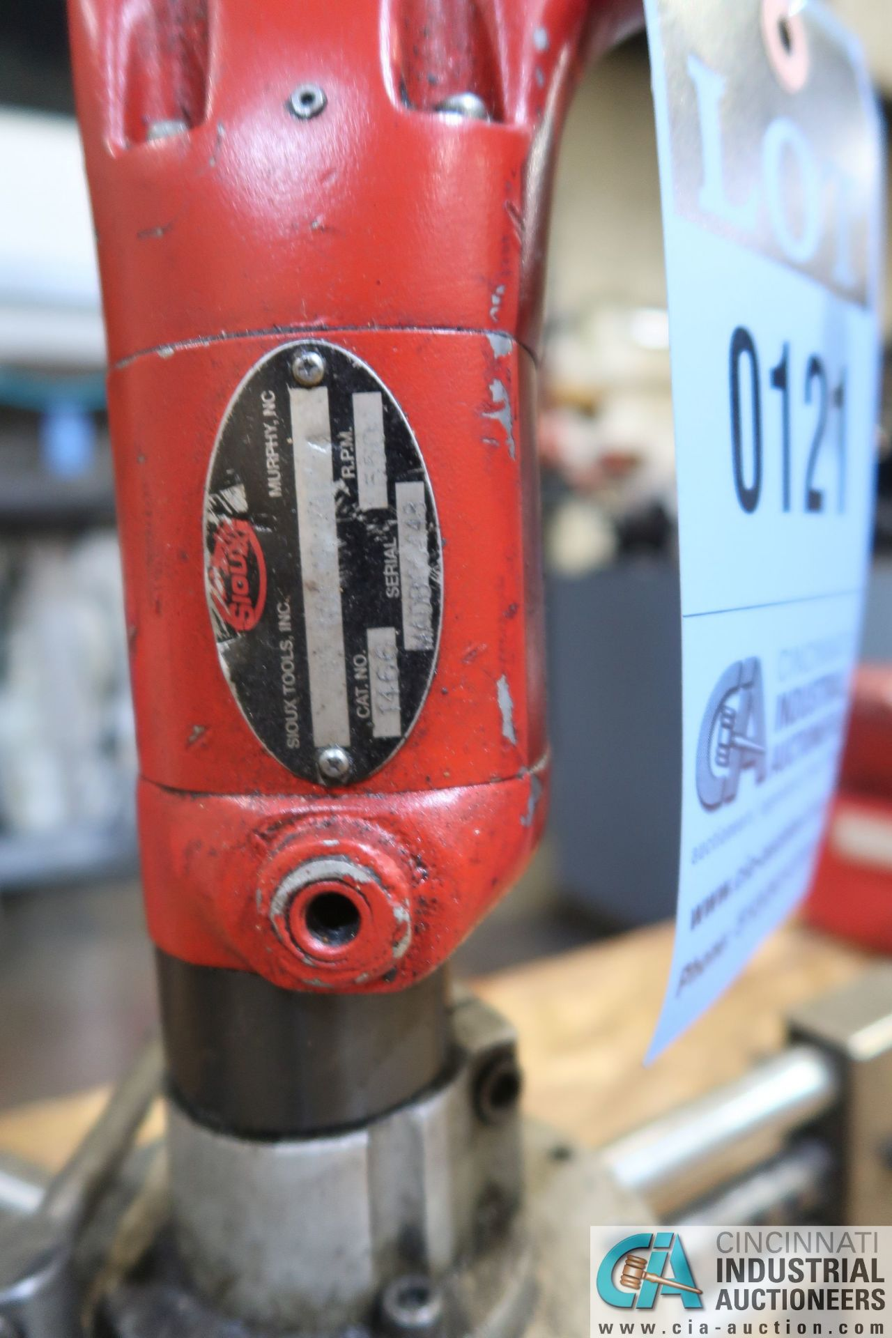 """1/2"""" SIOUX PNEUMATIC DRILL WITH CENTERING FIXTURE - Image 2 of 3"""