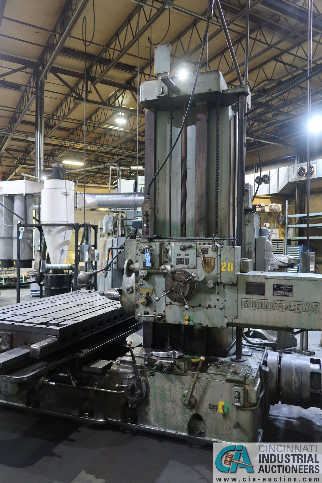 """GIDDINGS AND LEWIS MODEL 350T HORIZONTAL BORING MILL; S/N 150-90-65, 4' X 7' TABLE WITH (2) 24"""" FACE - Image 4 of 16"""