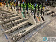 5,500 LB. CAPACITY CROWN HAND HYDRAULIC PALLET TRUCKS