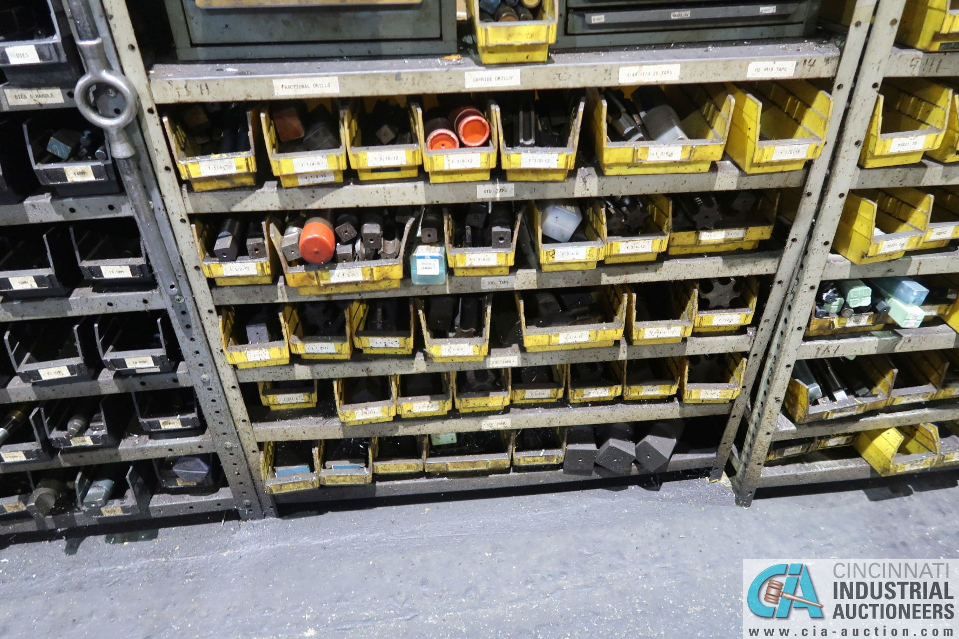 (LOT) HUGE ASSORTMENT TAPS AND DRILL INDEX CABINETS WITH SHELVING - Image 4 of 4