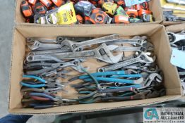 (LOT) WRENCHES & PLIERS