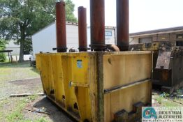CLEARING MODEL DF-4900-132 (400 TON) SSDC PRESS BASE (OUTSIDE)