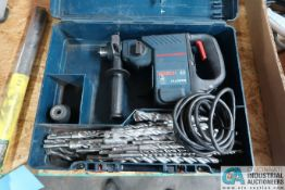 BOSCH MODEL 11236 VS ROTARY HAMMER DRILL W/ EXTRA BITS