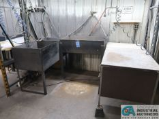 MISCELLANEOUS SIZE WATER WASH TUBS WITH DESK