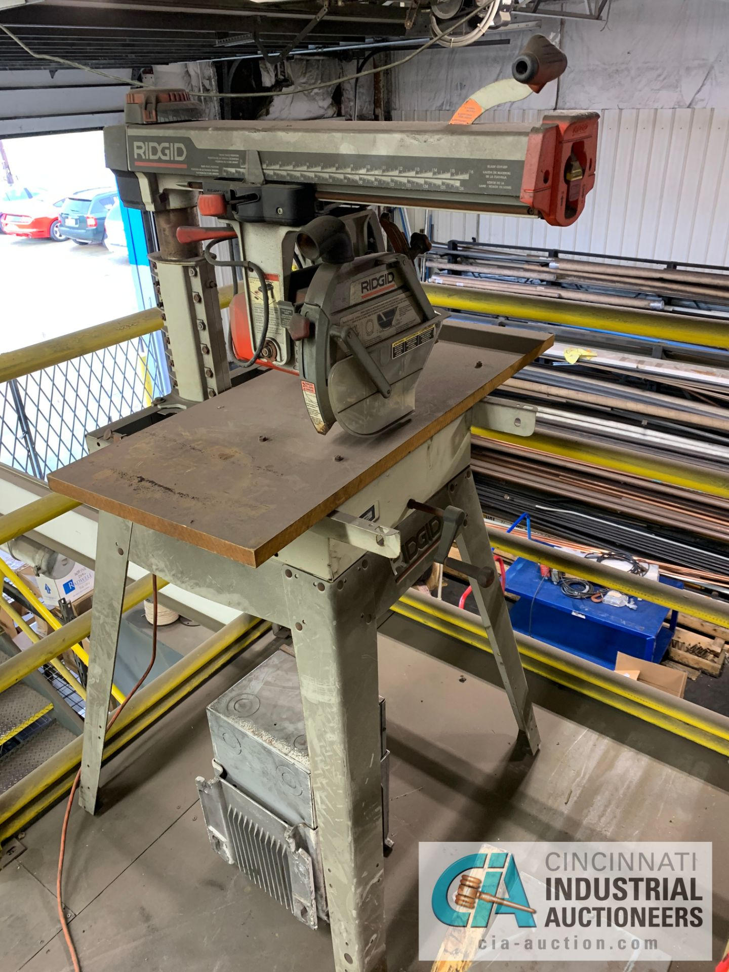 Lot 7 - RIGID RS1000 RADIAL ARM SAW **RIGGING FEE DUE TO SHOEMAKER $50.00**