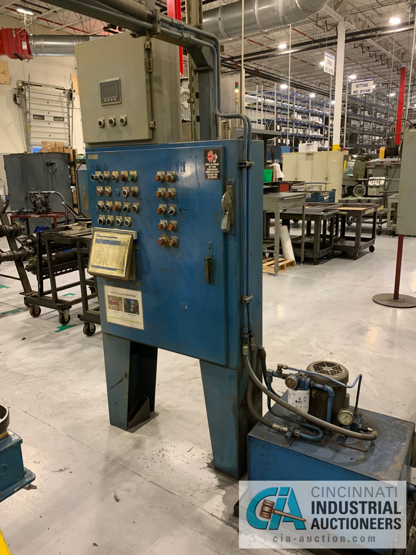 **MANUAL GROOVER (DELAYED REMOVAL: 10/1/2020) **RIGGING FEE DUE TO SHOEMAKER $600.00** - Image 6 of 6
