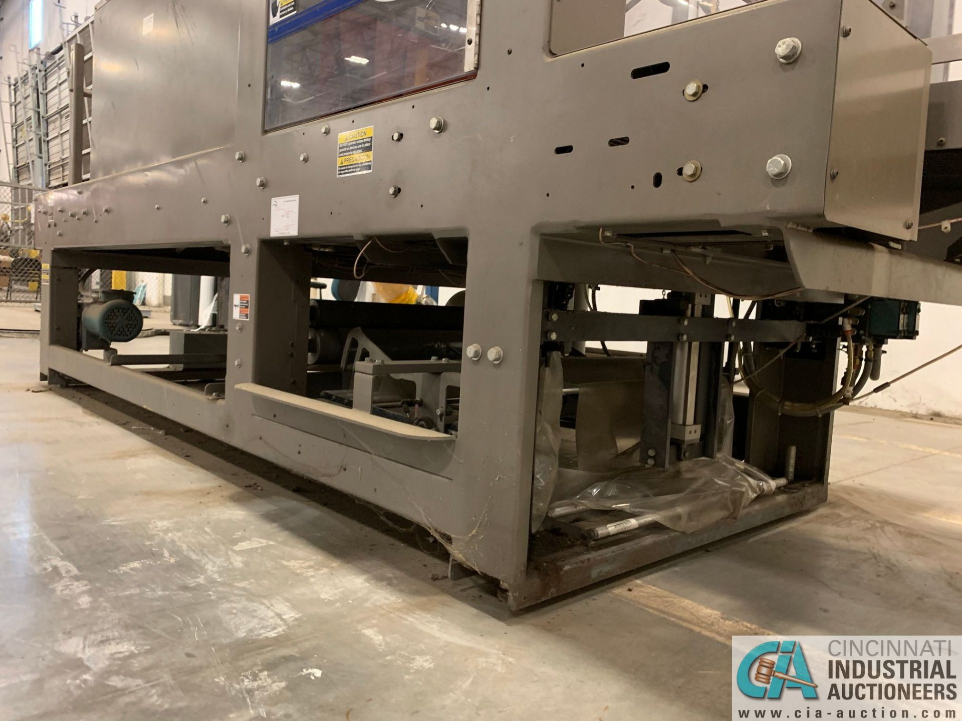 "ARPAC MODEL 25TW-28 SHRINK WRAPPER / HEAT TUNNEL; S/N 11489, HEIGHT RANGE: 4"" - 12"", LENGTH (FLOW - Image 14 of 19"