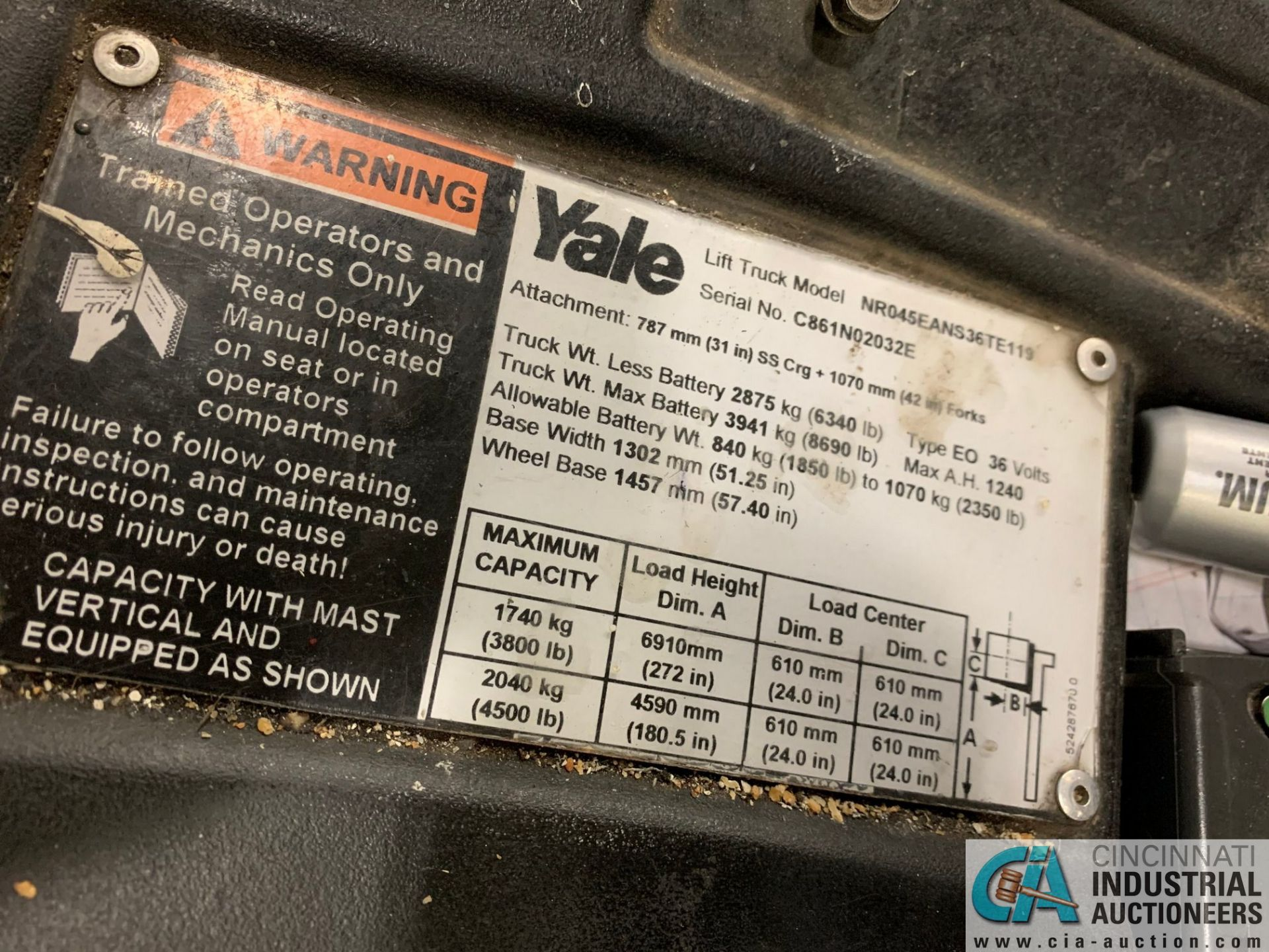 """4,500 LB. YALE MODEL NR045EANS36TE119 ELECTRIC REACH TRUCK; S/N C861N02032E, 272"""" MAX LIFT HEIGHT, - Image 3 of 7"""