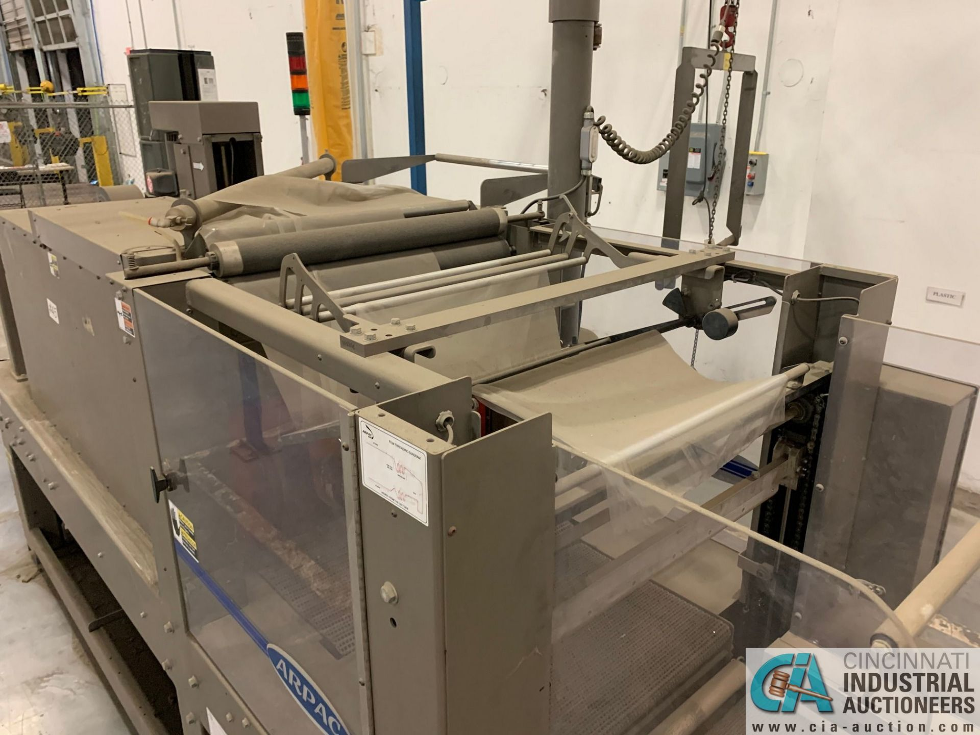 "ARPAC MODEL 25TW-28 SHRINK WRAPPER / HEAT TUNNEL; S/N 11489, HEIGHT RANGE: 4"" - 12"", LENGTH (FLOW - Image 11 of 19"