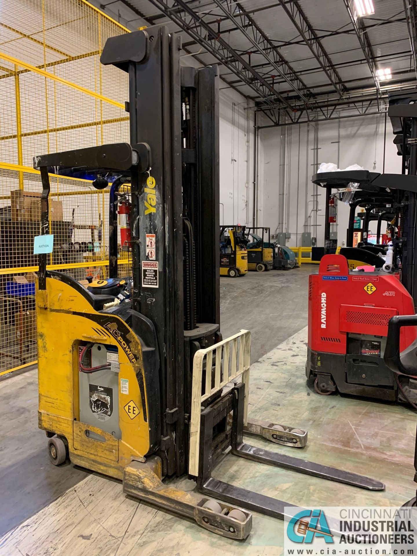 """4,500 LB. YALE MODEL NR045EANS36TE119 ELECTRIC REACH TRUCK; S/N C861N02032E, 272"""" MAX LIFT HEIGHT, - Image 7 of 7"""