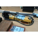 ENERPAC MANUAL HYDRAULIC PUMP