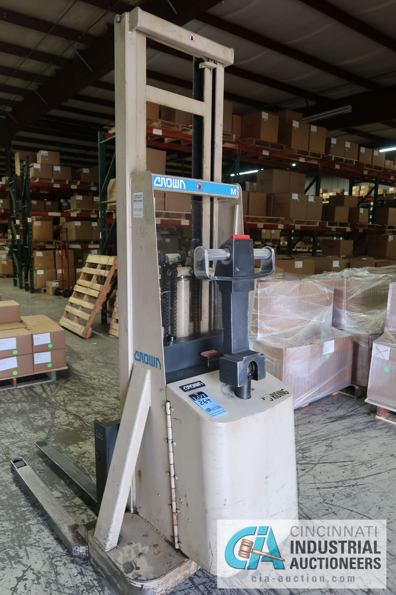 2,000 LB. CAPACITY CROWN MODEL 20MT ELECTRIC WALK BEHIND ELECTRIC STACKER; S/N 31691, 24 VOLT, - Image 3 of 5