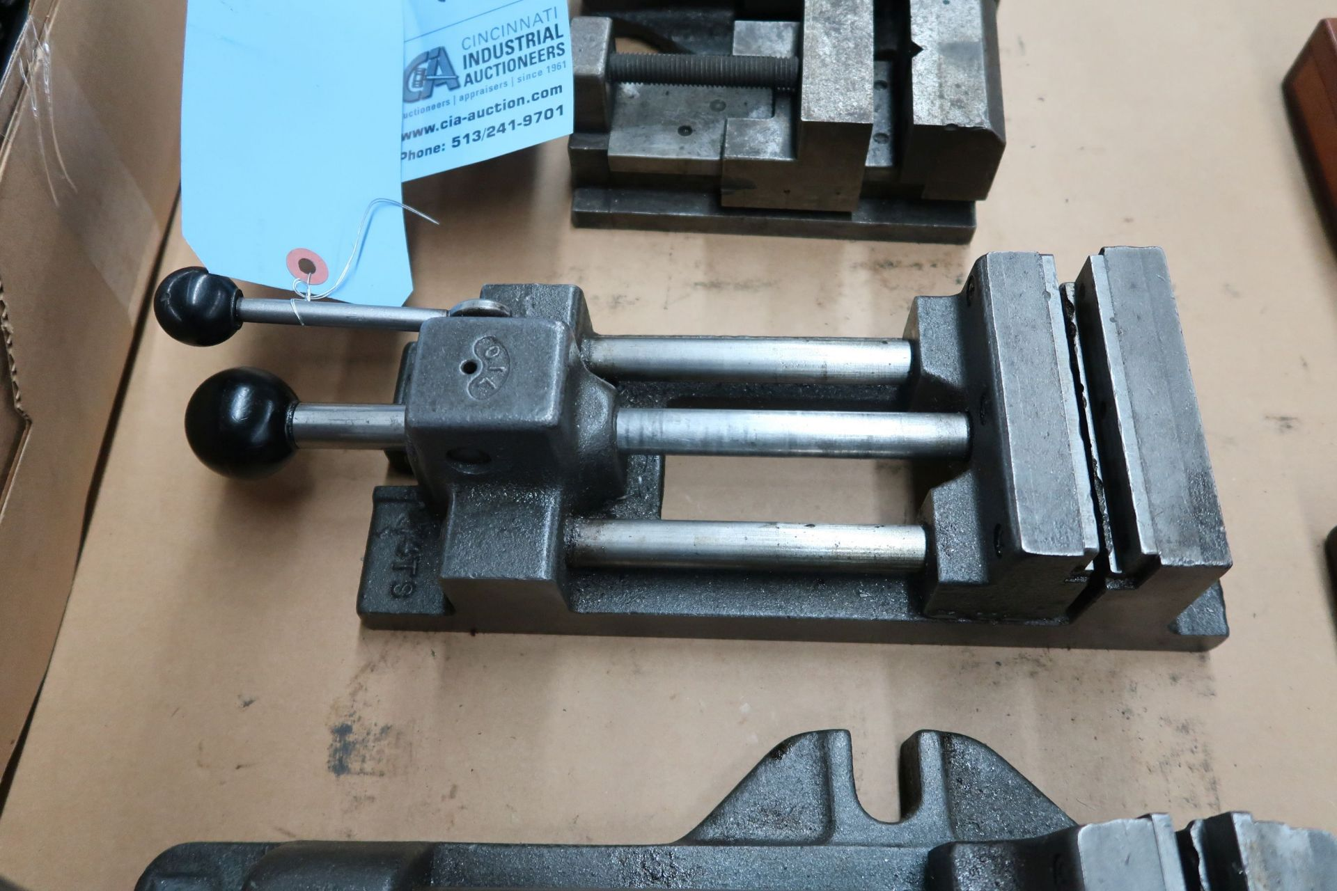 """4"""" BENCH CLAMP"""